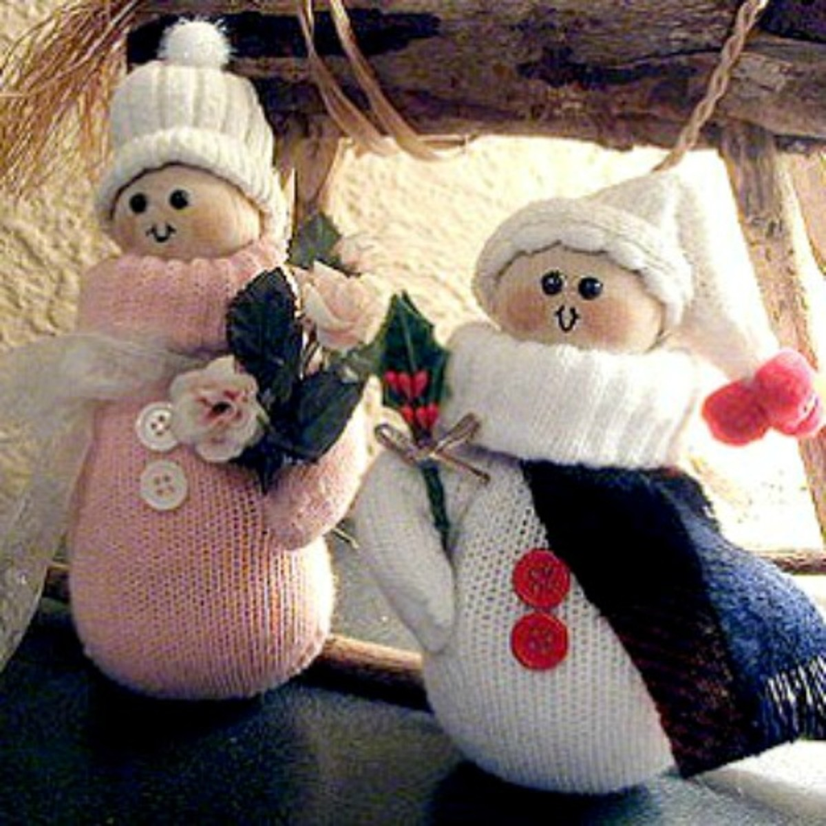 36 Cool Craft Ideas Using Gloves or Mittens