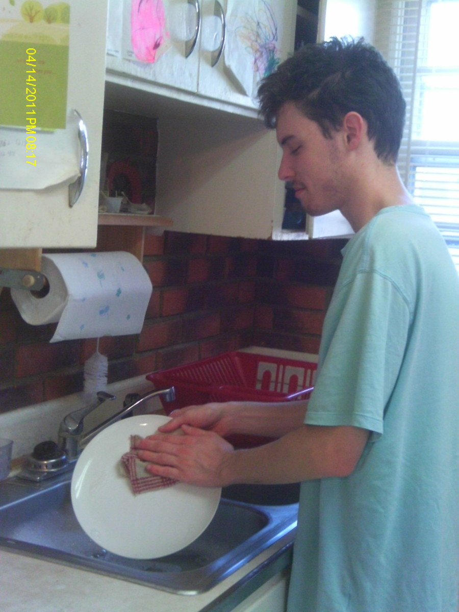 Washing Dishes-A Step-by-Step Tutorial for Teens