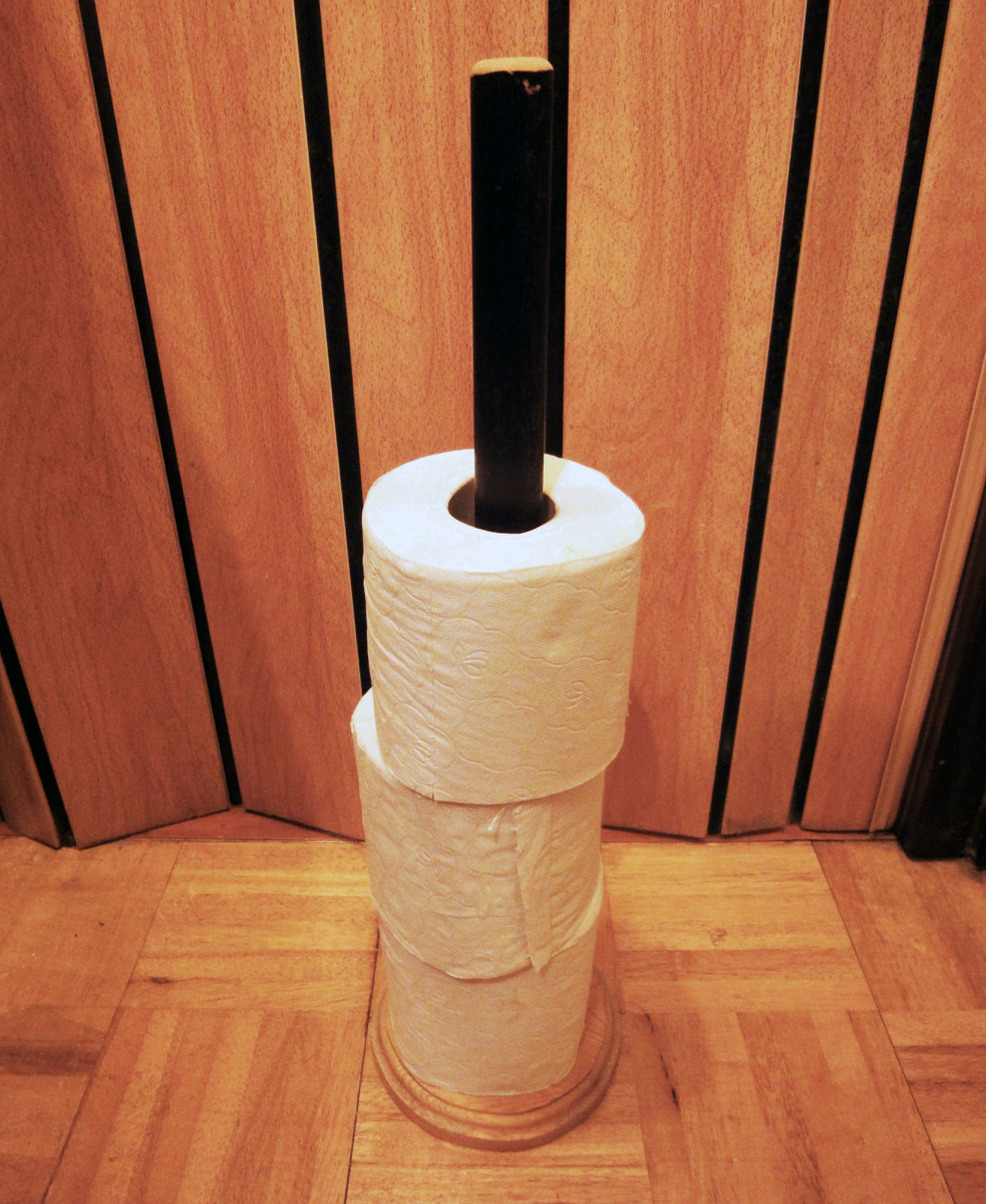 How to Make a Wooden WC Roll Holder for Spare Toilet Rolls