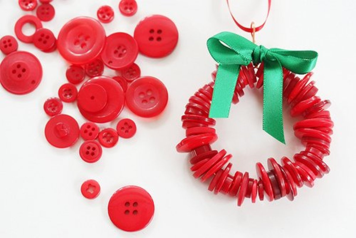 12 Cool Upcycled Christmas Ornaments