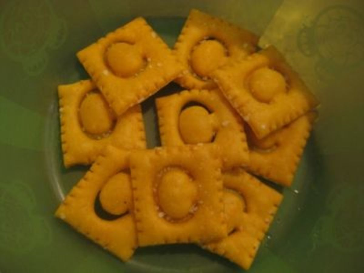 Cheese Cracker Cs