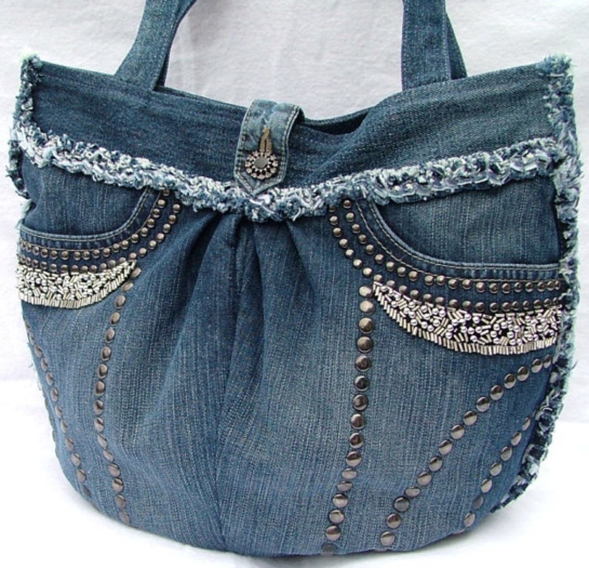 Repurpose Vintage Denim: Make a Purse