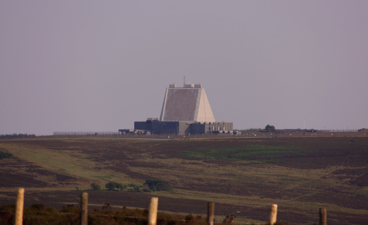 This is RAF Fylingdales MMB 08, the 'sandcastle' that replaced the 'golf balls'