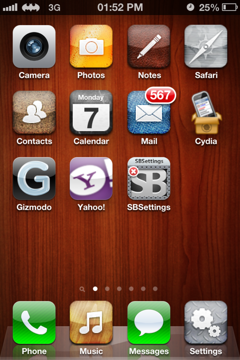 A tweaked iPhone  theme in a jailbroken iPhone