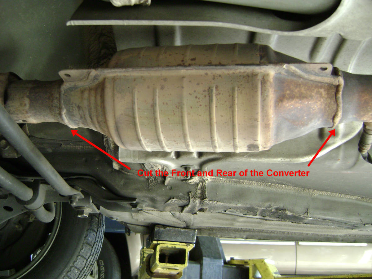 Place Car On Lift And Cut Off The Old Catalytic Converter: Welding Catalytic Converter At Woreks.co