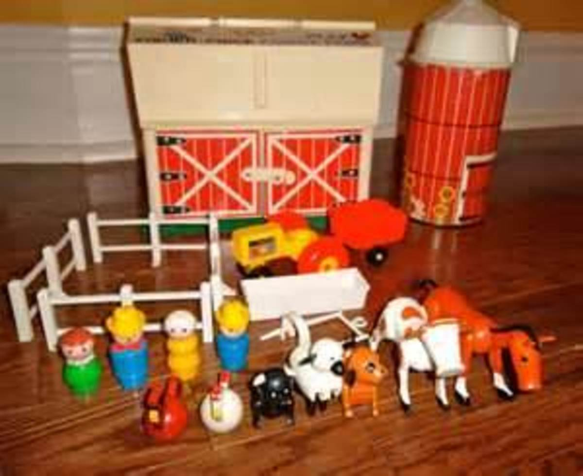 The play farm with silo and accessories