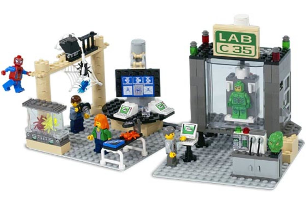 LEGO Spider-Man and Green Goblin: The Origins 4851 Assembled