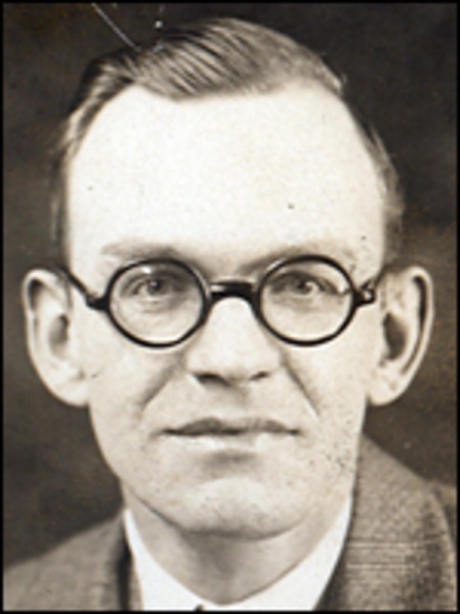 Special Agent Lester Kindell
