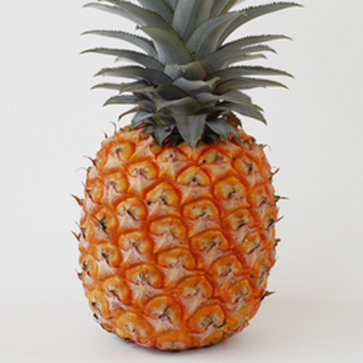 10 Cool Uses for Pineapple Skins