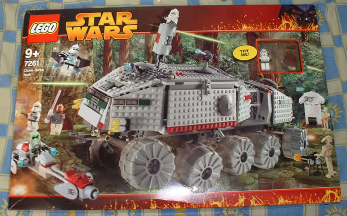 LEGO Star Wars Clone Turbo Tank 7261 Box