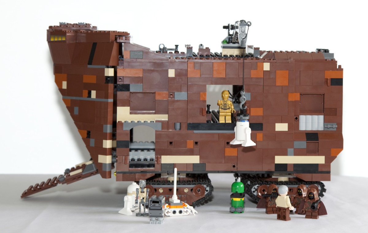 LEGO Star Wars Sandcrawler 10144 Assembled