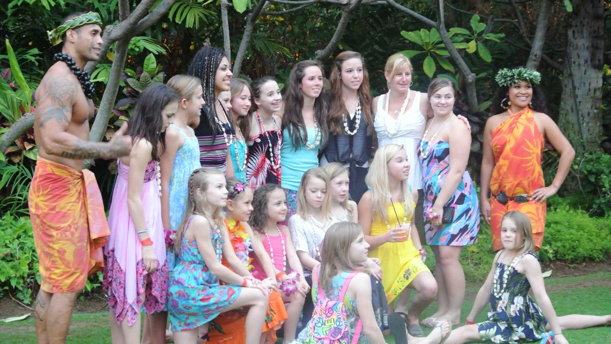 Gymnastics team enjoys a luau on Oahu