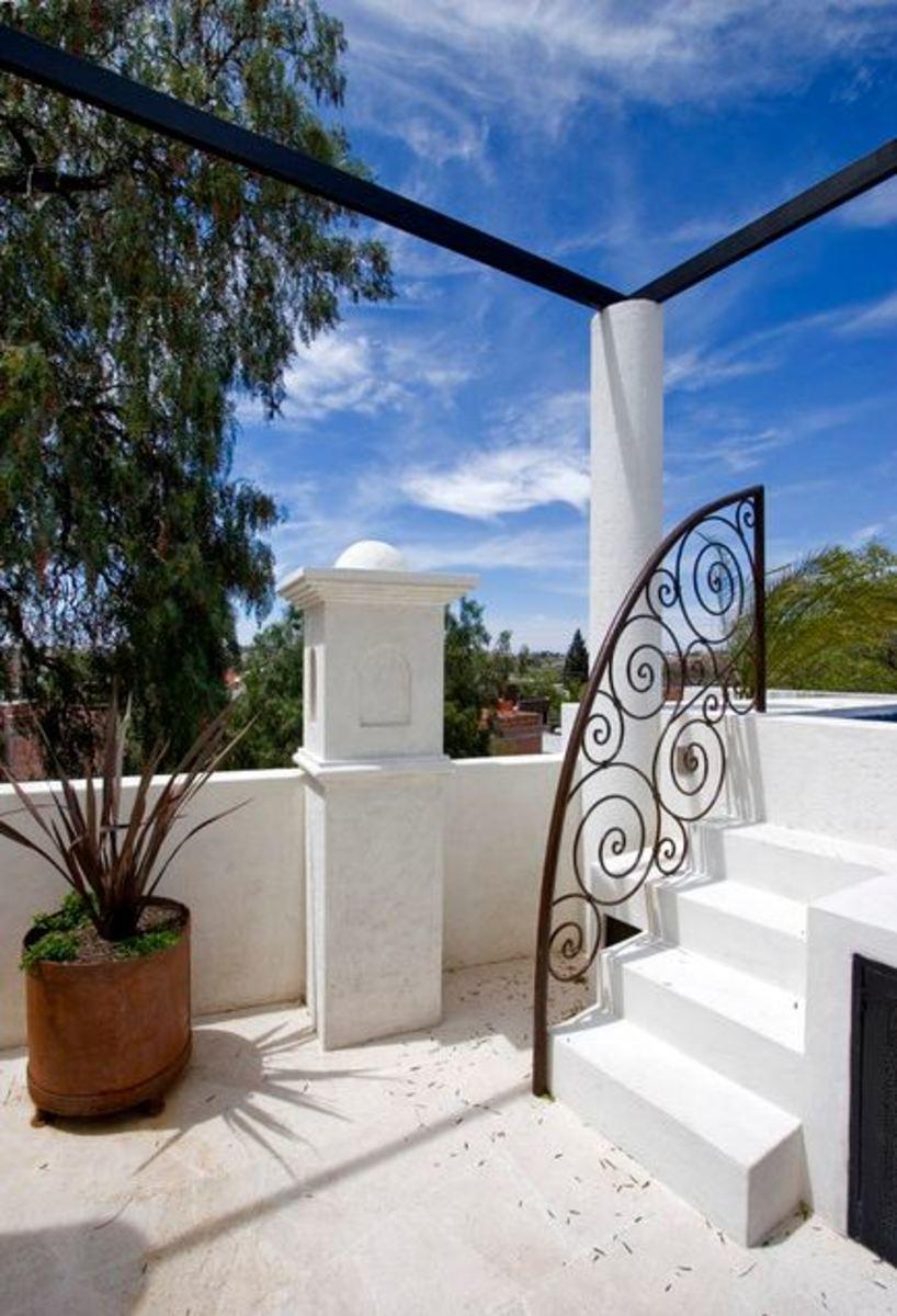 Mediterranean stairway railing