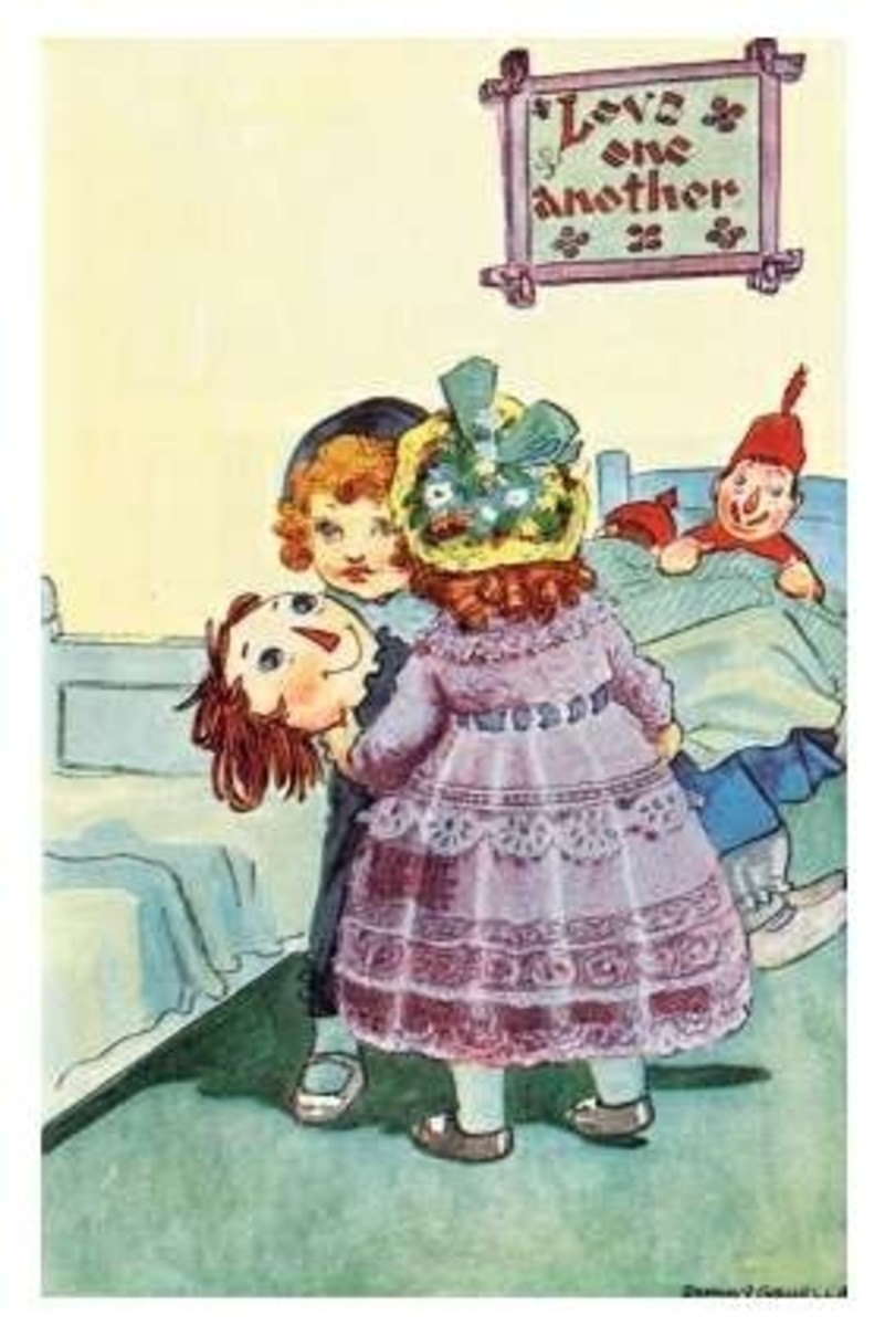 Raggedy Anne is going to the bed