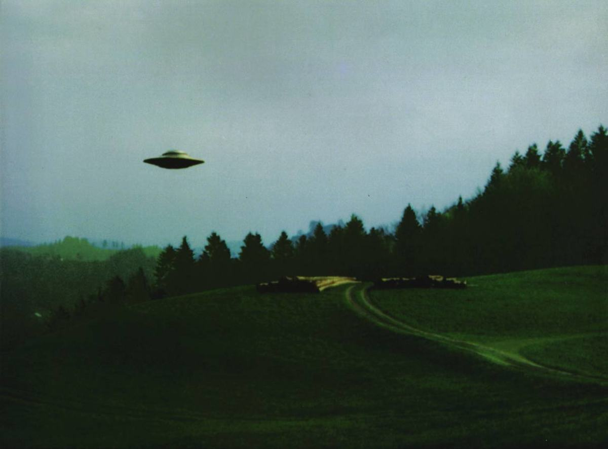 UFO sightings are fascinating but also scary experiences.