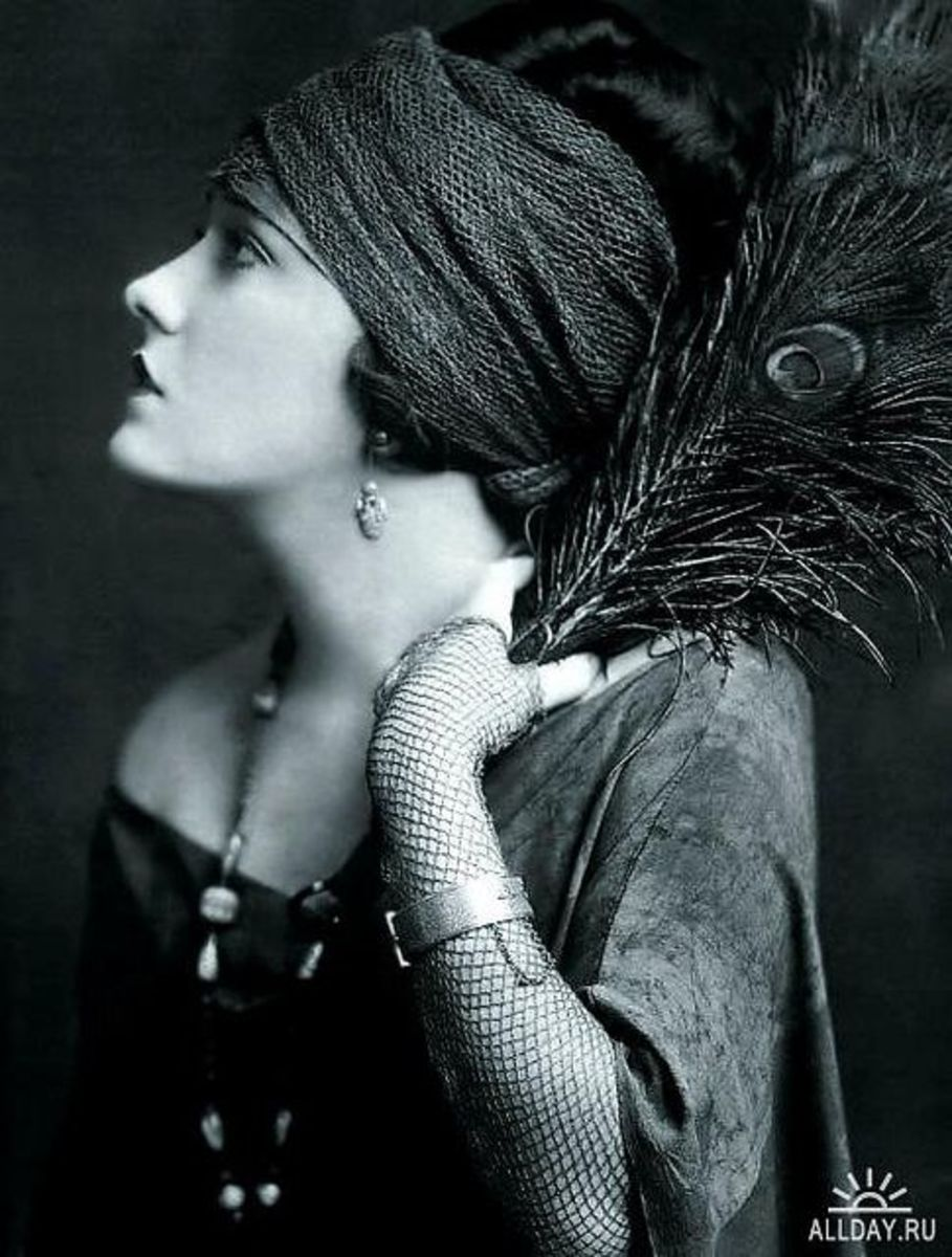 Photo by Alfred Cheney Johnston.