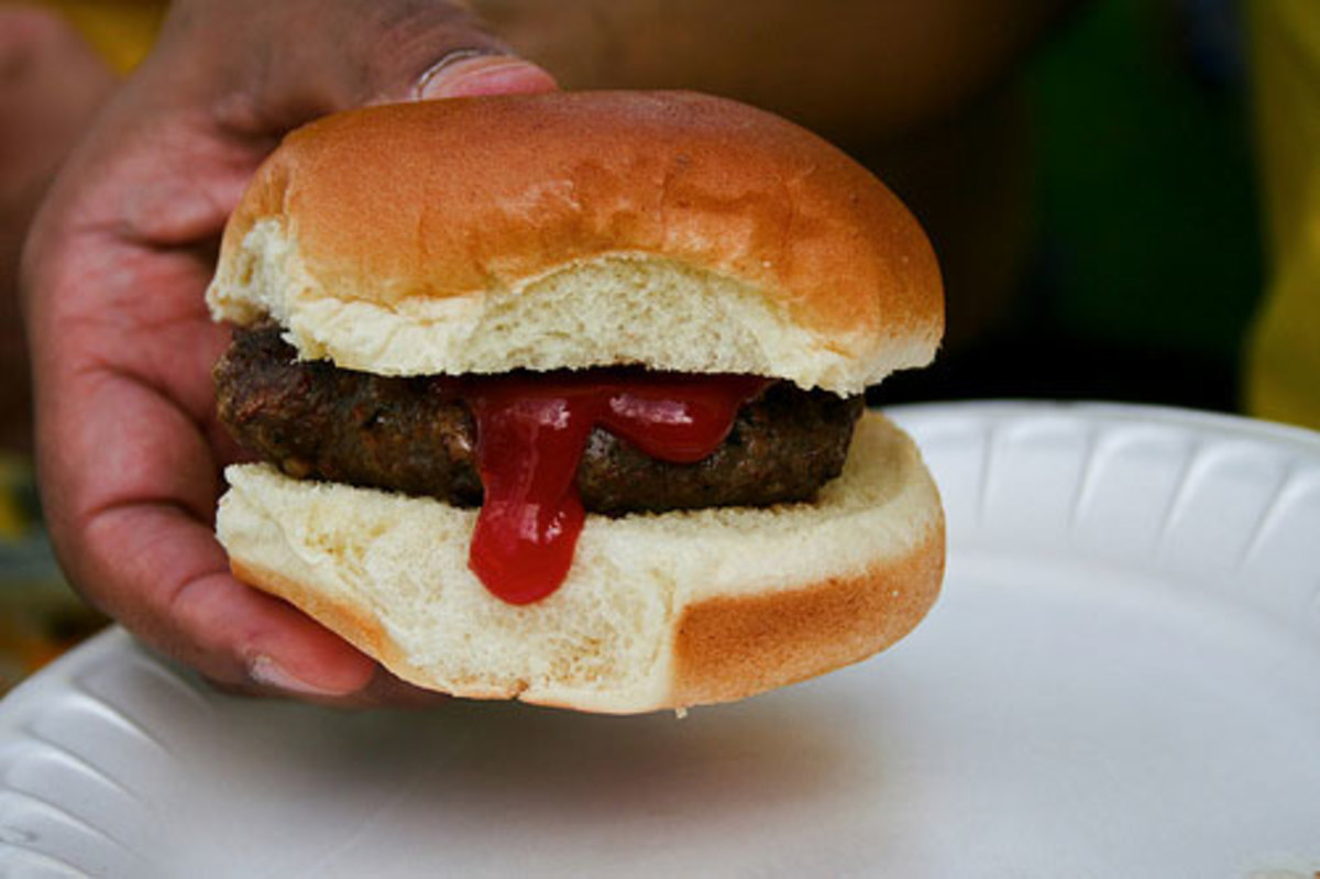 why-you-should-order-your-fast-food-burgers-plain