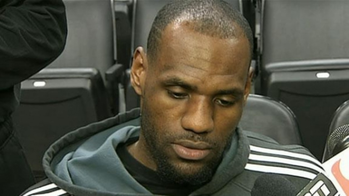 Lebron James is starting to look old. How Lebron James Receding Hairline reveals more than you may think
