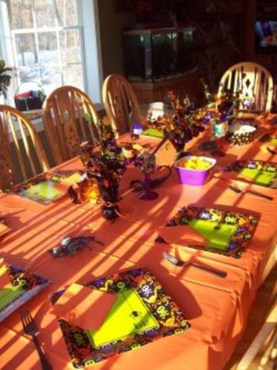 Halloween Table Décor