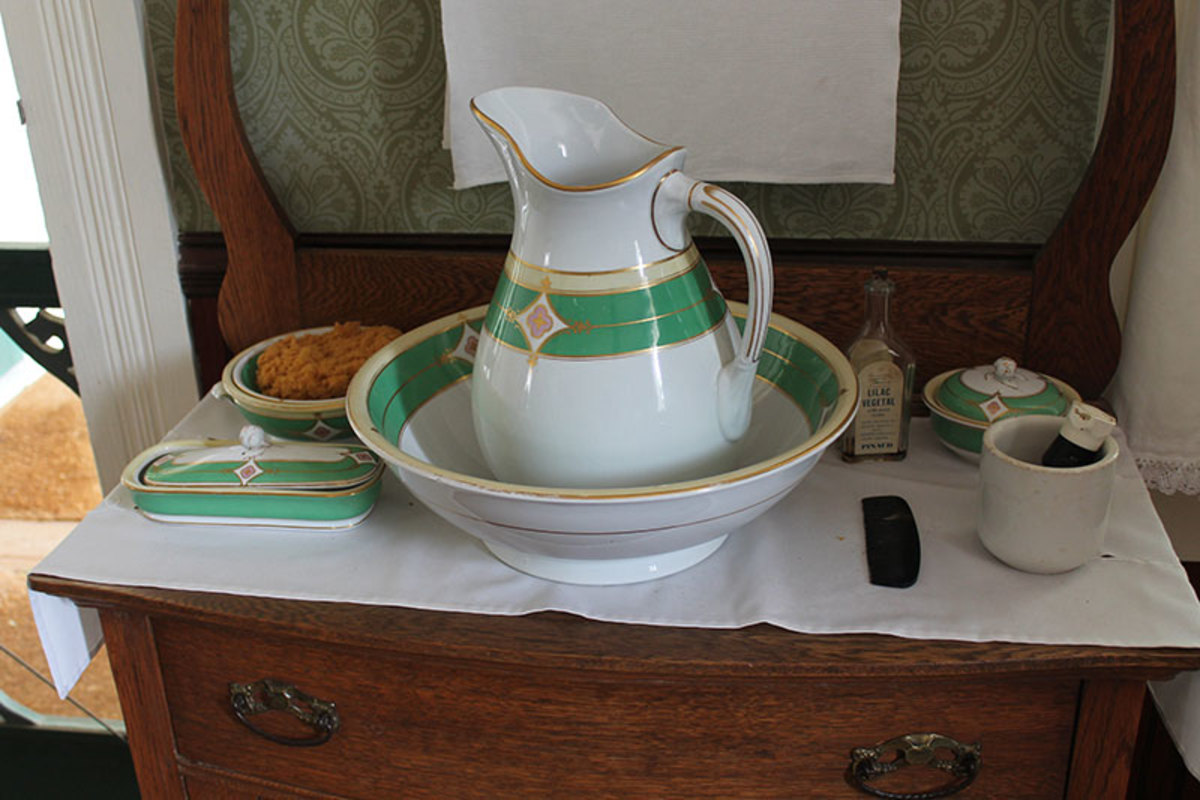 Pitchers and bowls were used in vintage homes before indoor plumbing.  The pitcher pump was named after these pitchers.