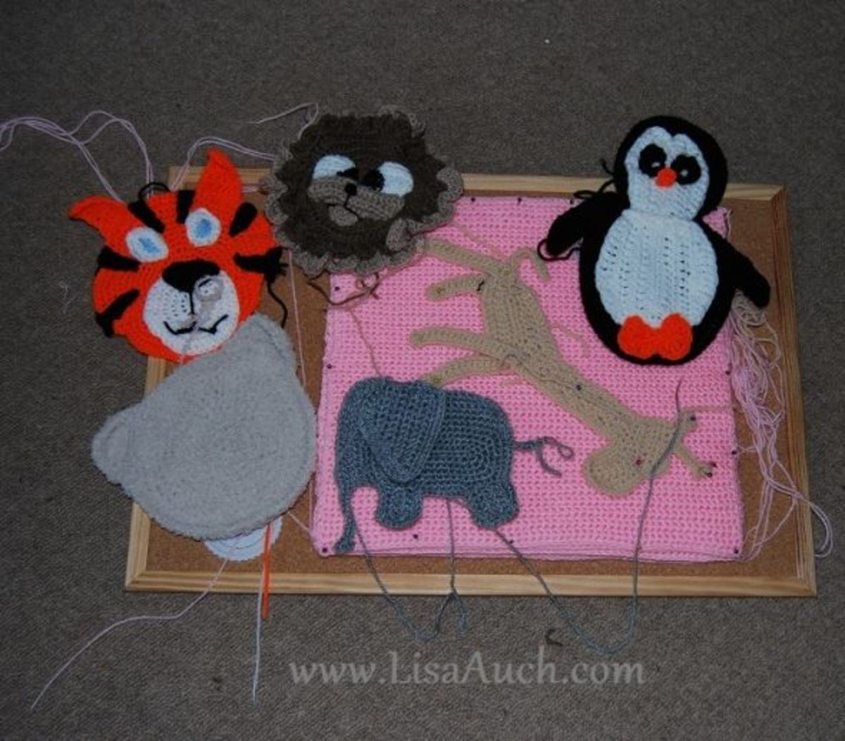crochet zoo animal appliques-crochet animals