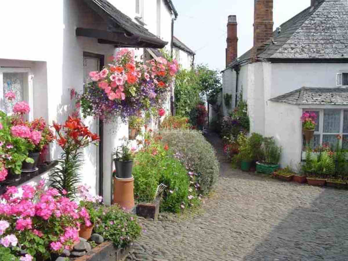 Clovelly North Devon great for weddings!