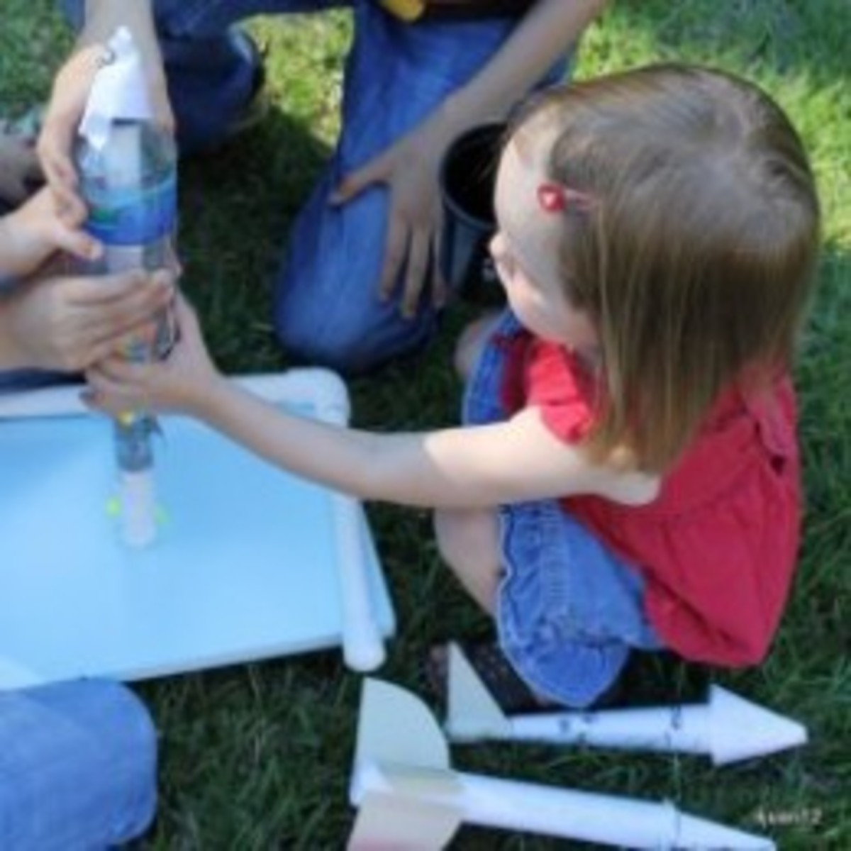 Designing and launching rockets from Lesson 6: The Cold War and Arms Race