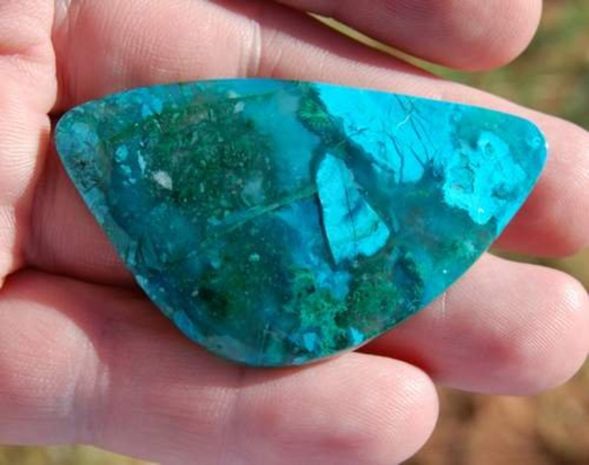 Chrysocolla from the Inspiration Mine in Arizona.  This specimen is quite hard and is well silicated.