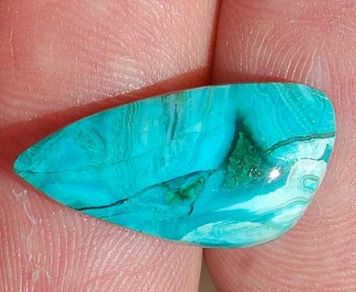 Chrysocolla: Looks Like Turquoise But it's Not