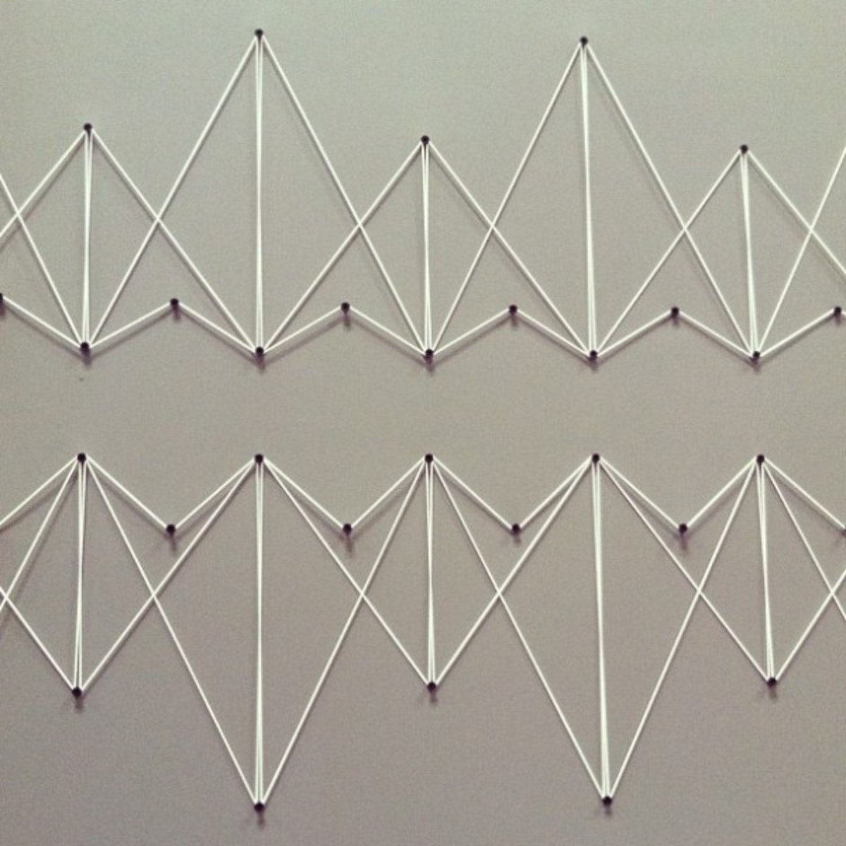 String art decoration