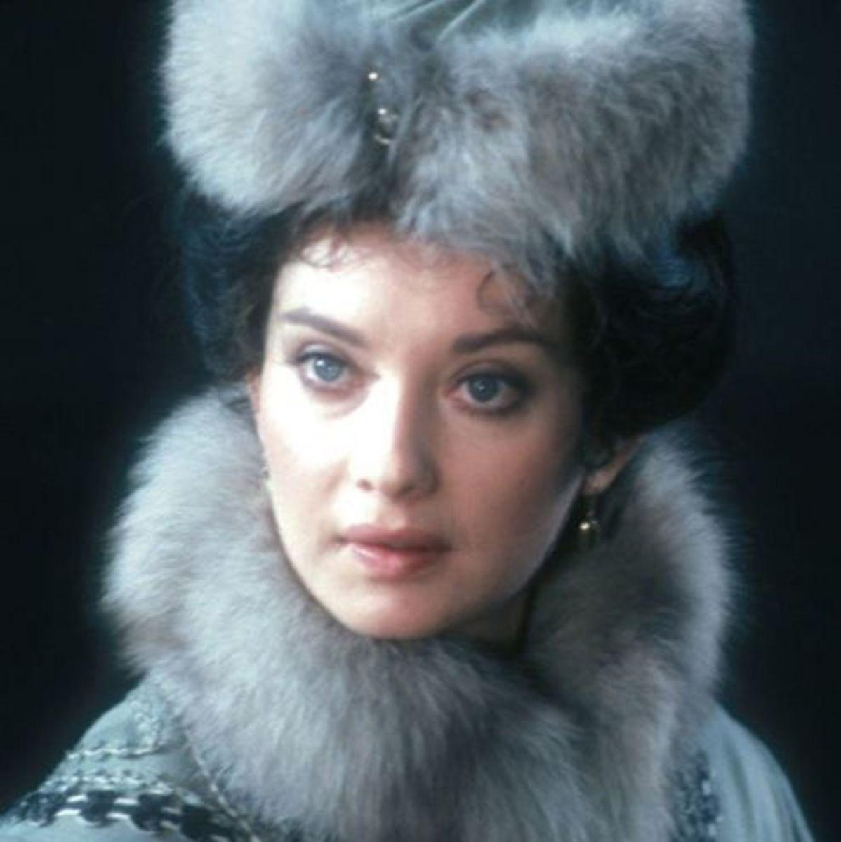 Anna Pagett as Anna Karenina
