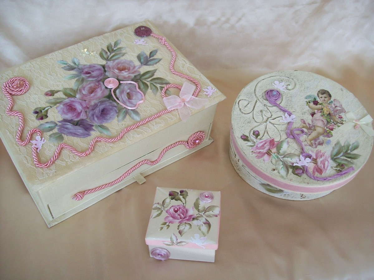 Decoupage Craft with Paper