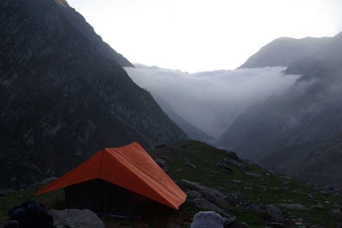 Thamsar pass, Bada Bhangal