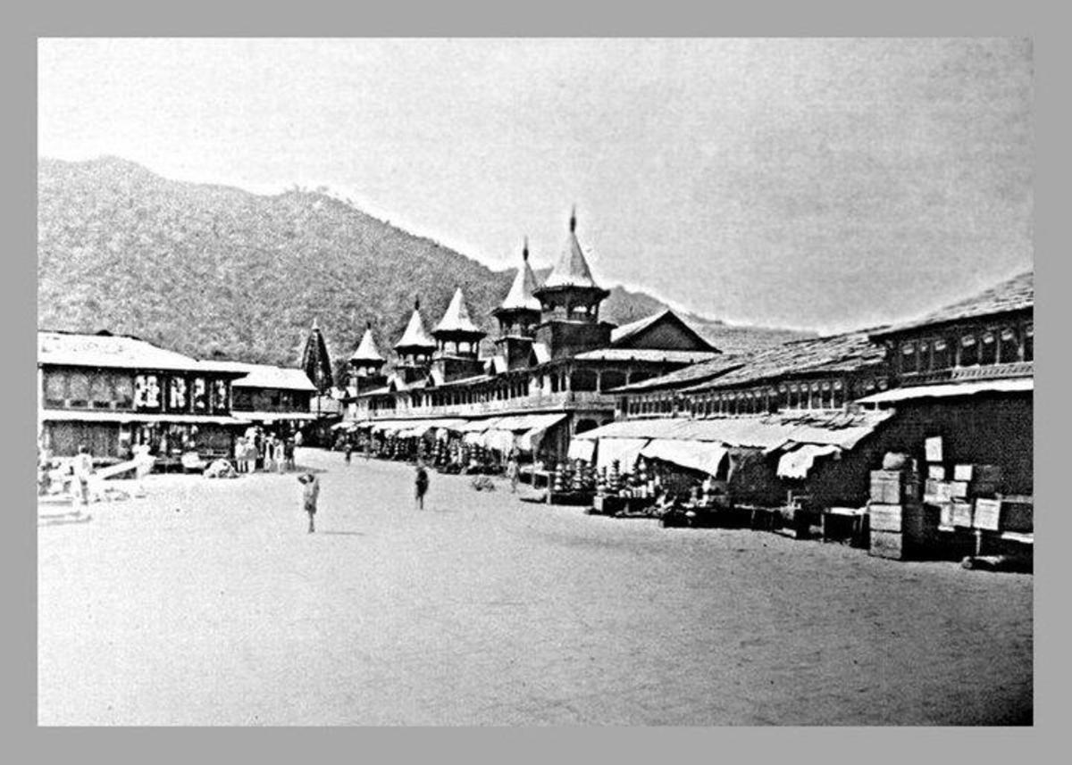 Mandi 100 years ago
