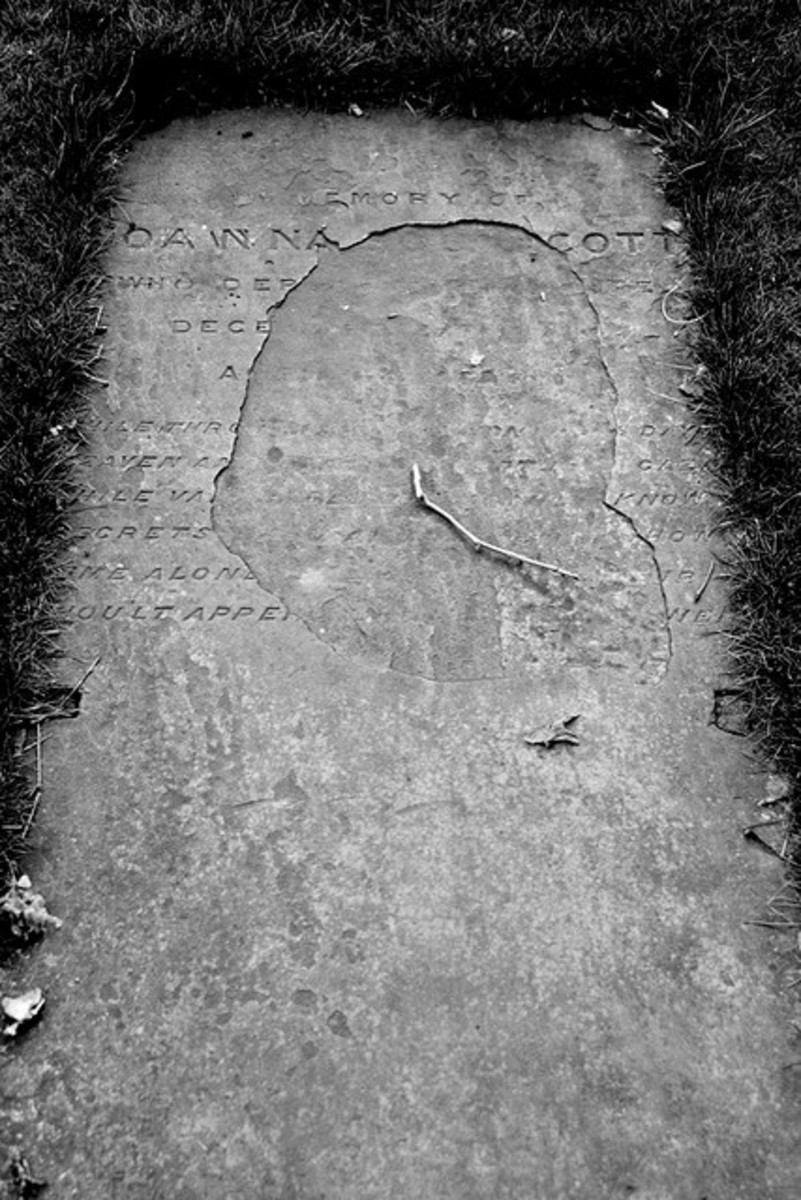 Joanna Southcott's gravestone (see text for actual wording)