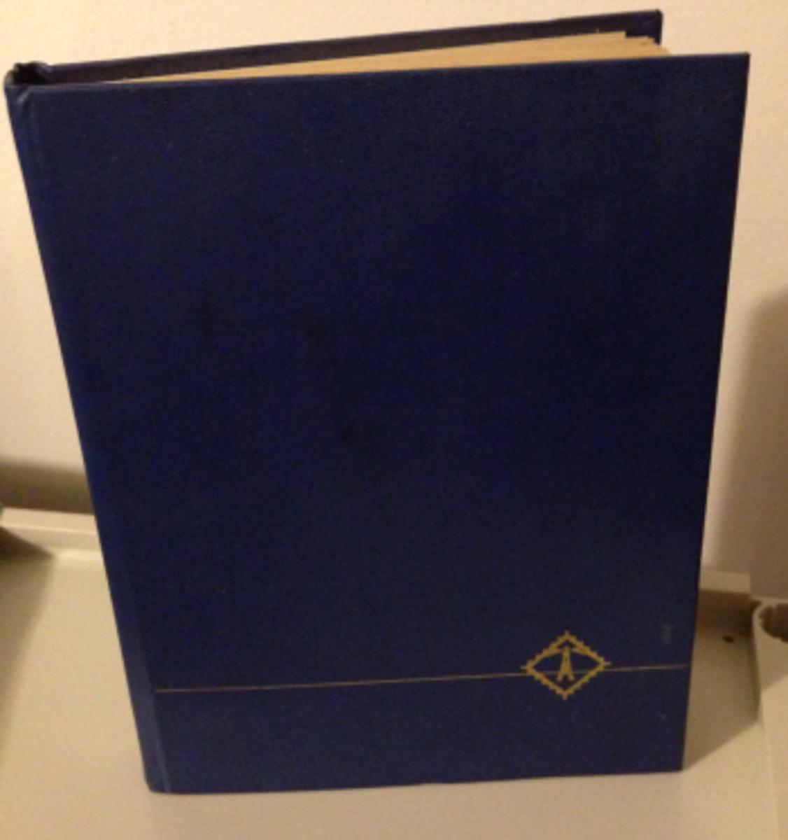 "A regular size stockbook, about 8"" x 11""."