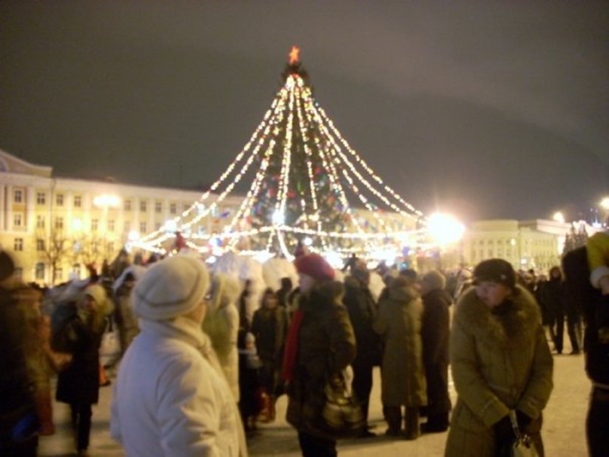 Lenin Square in Yoshkar-Ola, New Years Eve 2007