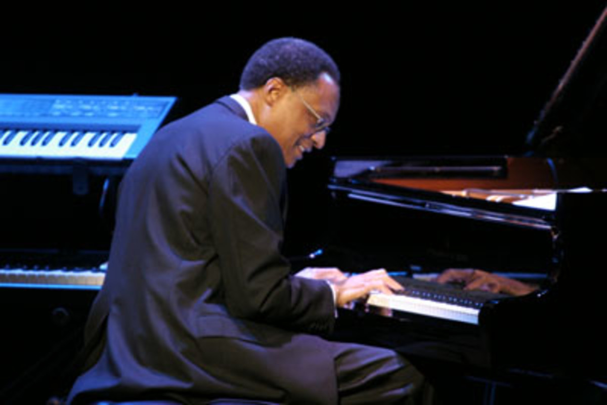 Ramsey Lewis tickling the ivories
