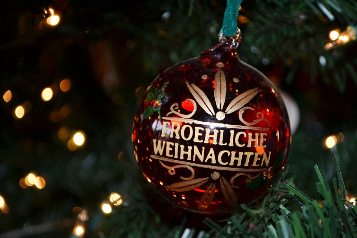 Merry Christmas in German.