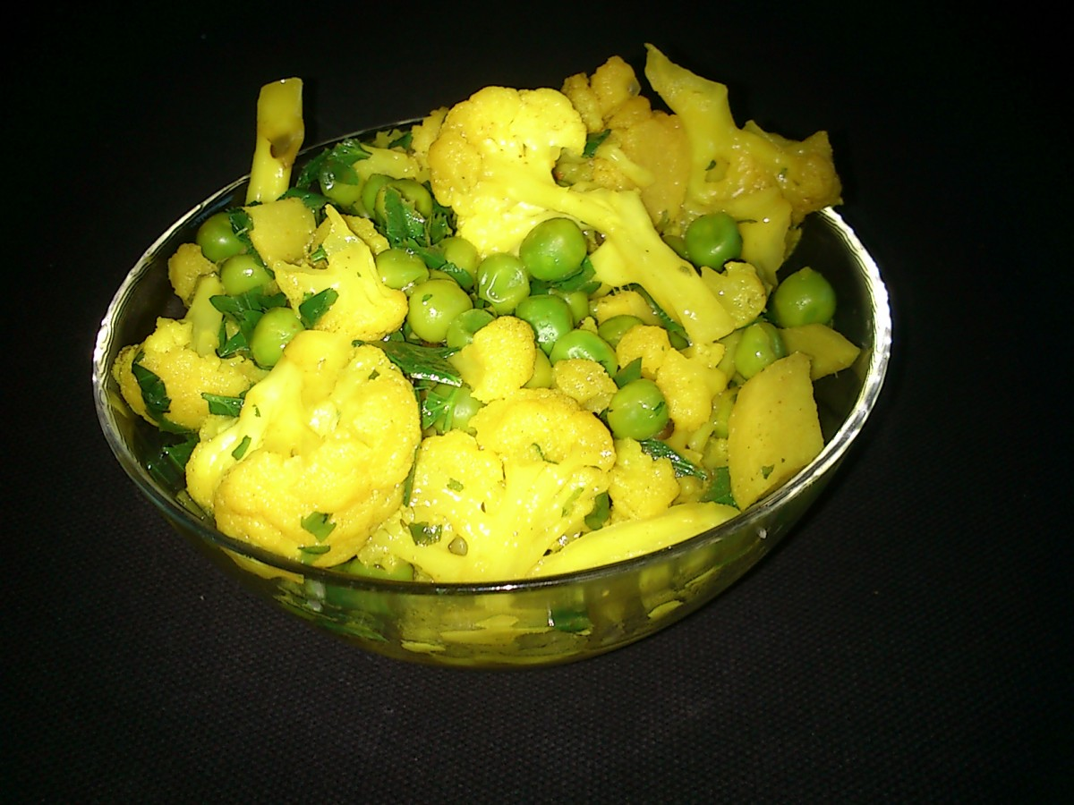 A cauliflower and pea curry.