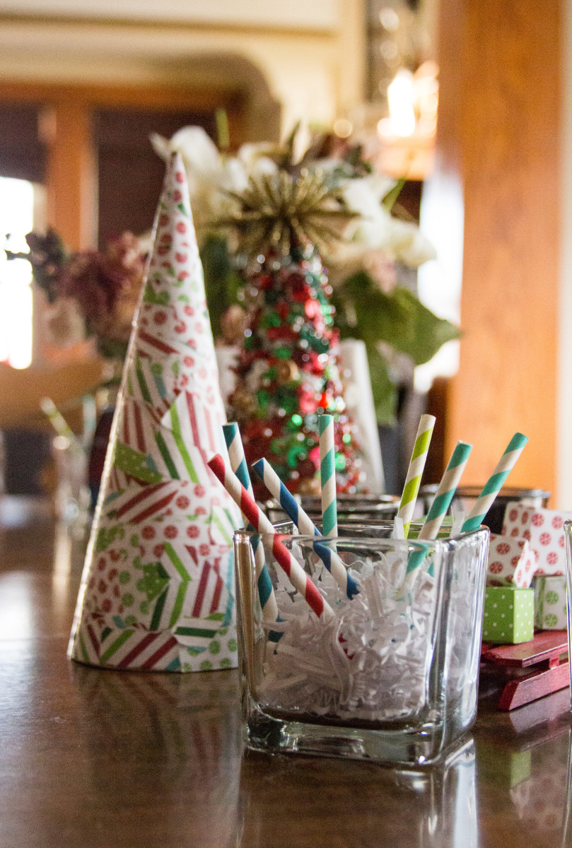 I love to decorate my home for the holidays with items that I've made.