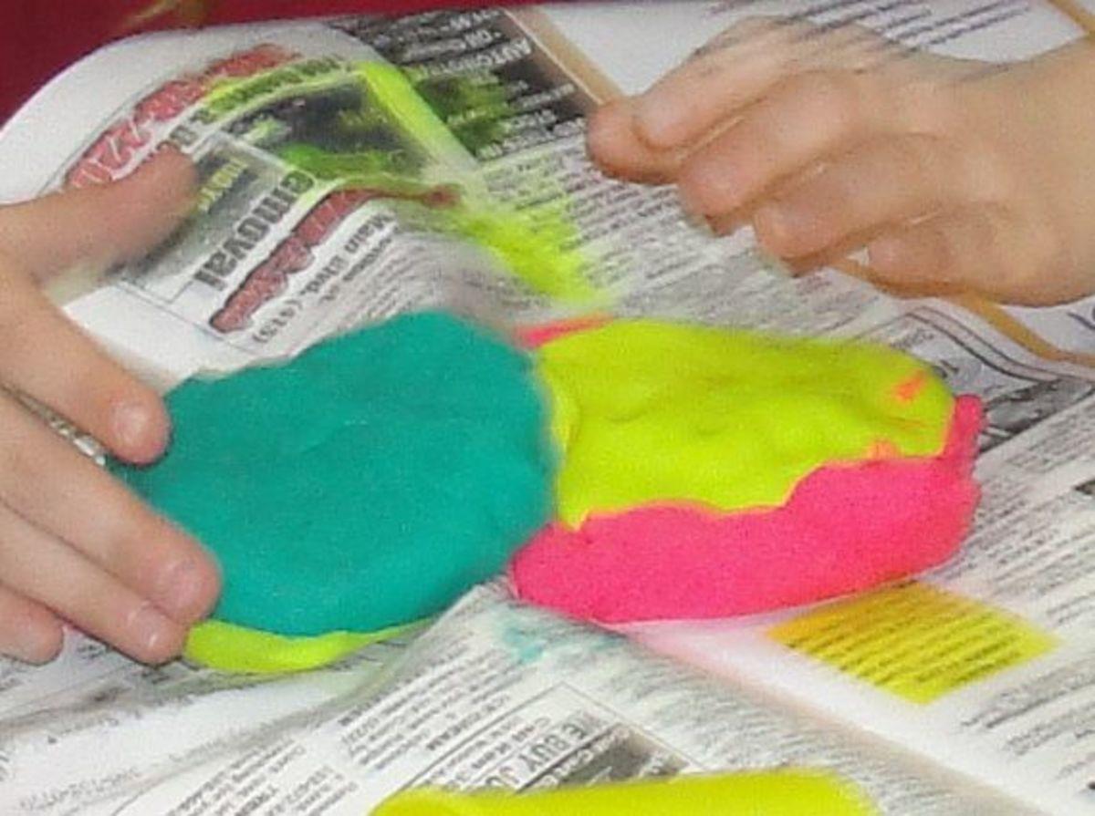 Creating a fault-block mountain using playdough