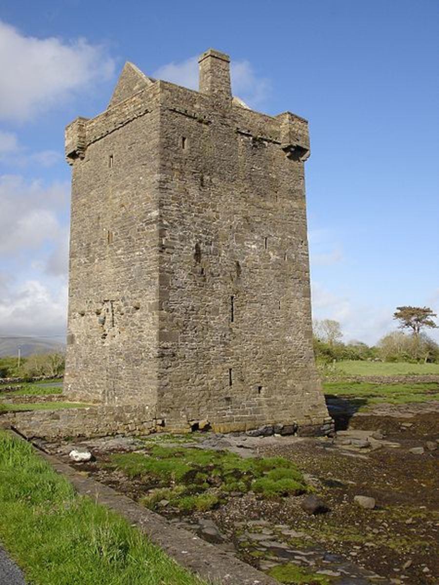 Rockfleet Castle (Carraigahowley Castle)