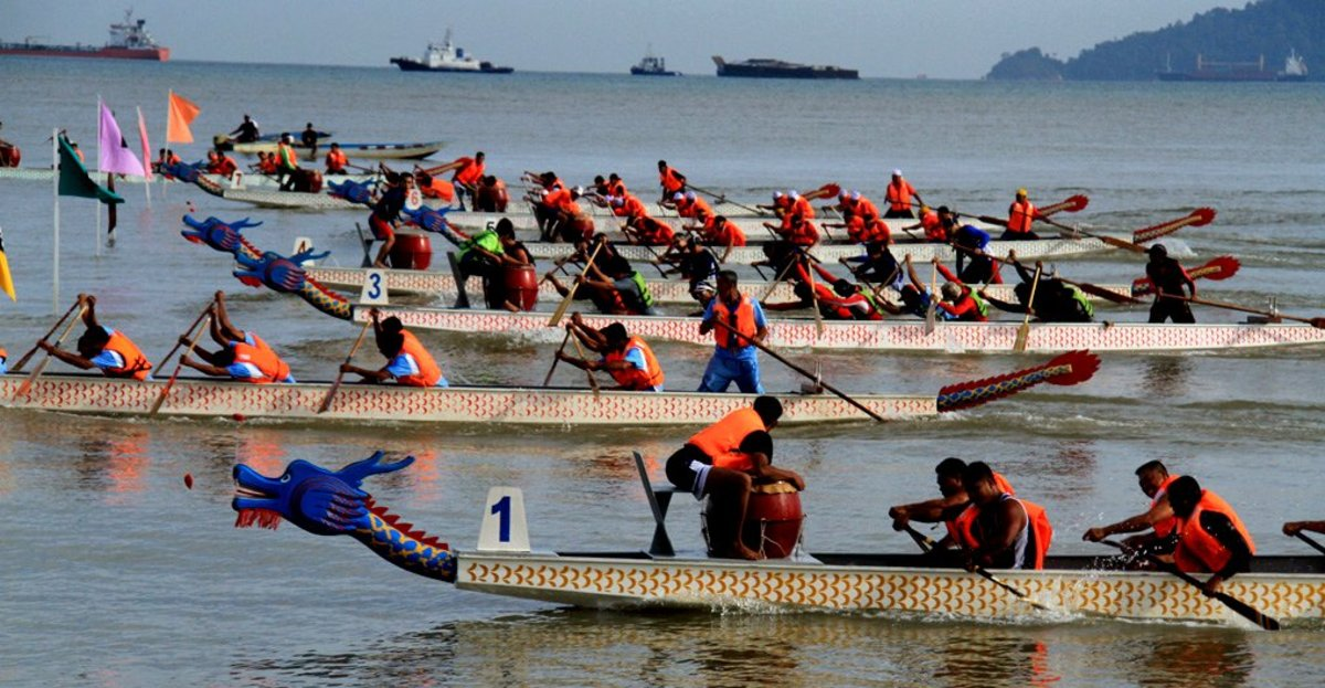 Sabah Dragon Boat Race at Likas Bay