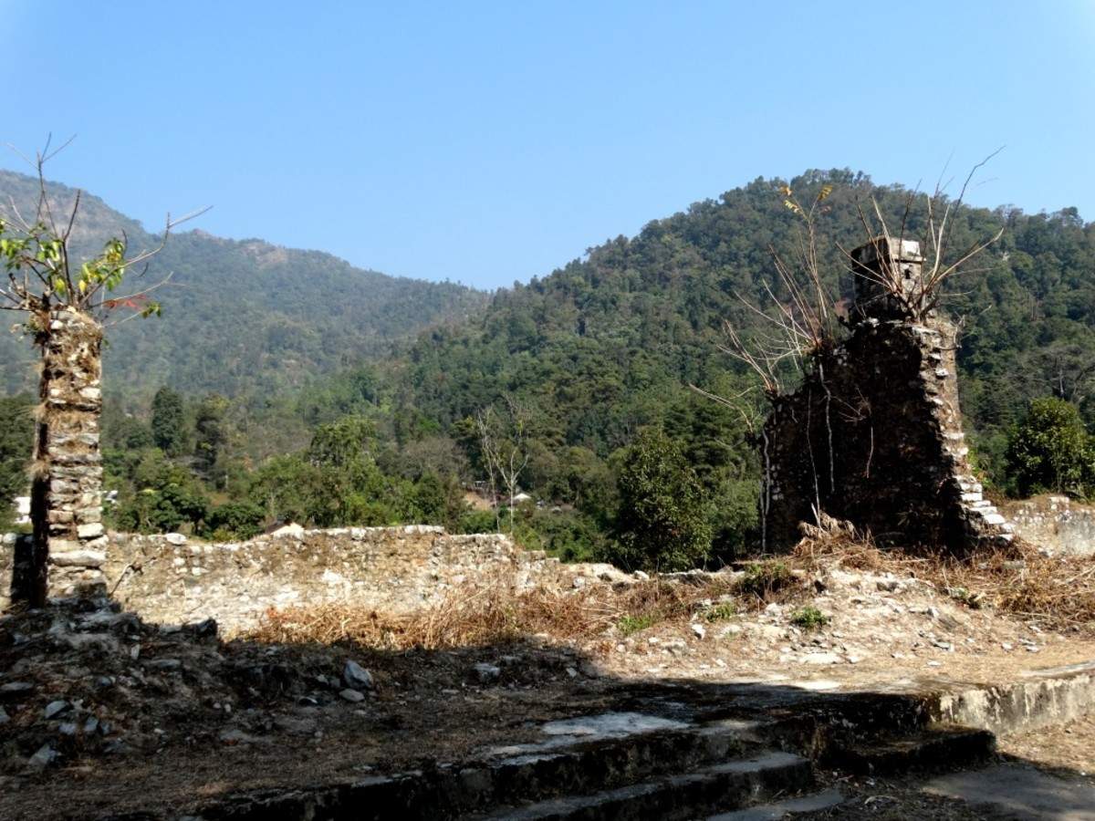 The ruins at Buxa Fort 1