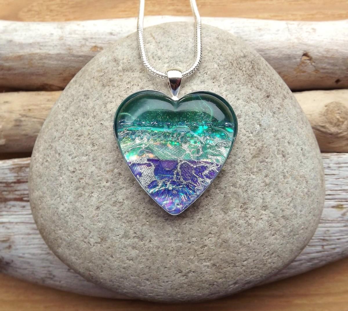 Big ocean heart pendant image