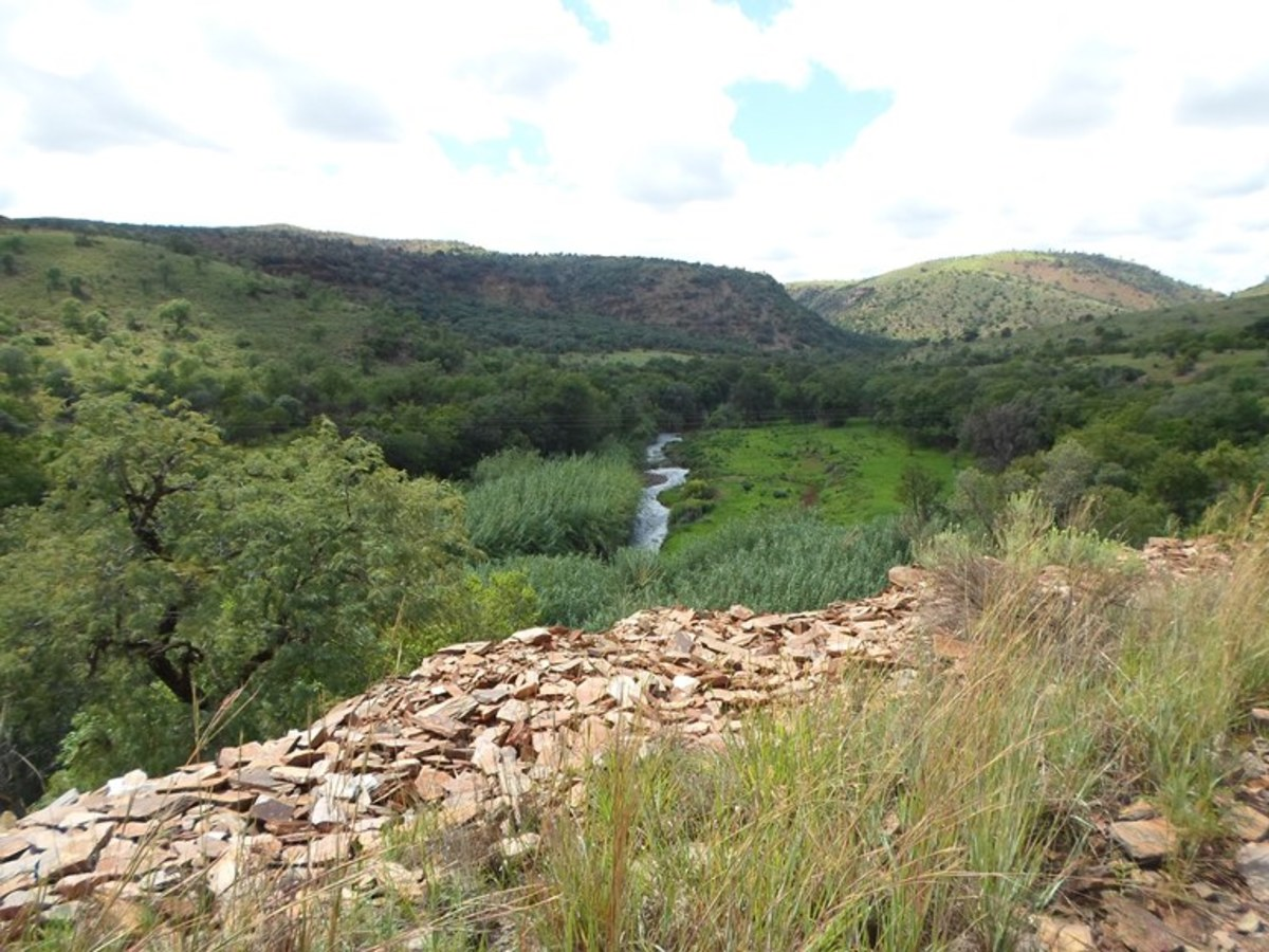 Groot Marico River in the region of Groot Marico © Martie Coetser