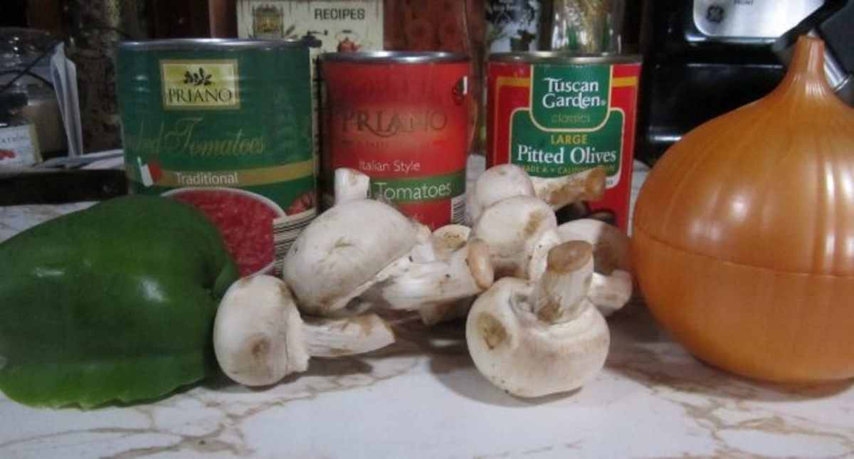 Ingredients for homemade spaghetti sauce