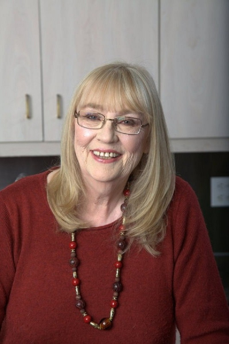 Author Joanne Fluke