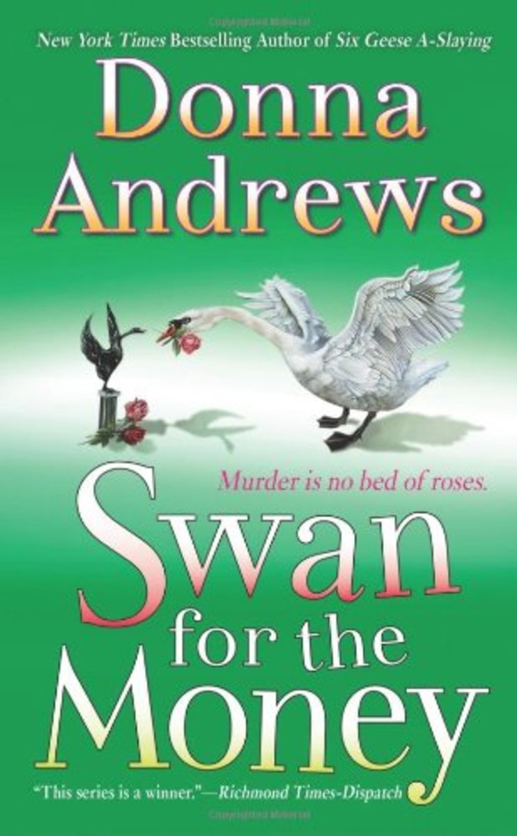 Swan For The Money by Donna Andrews Book 11 in the Meg Langslow Series